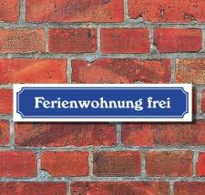 """Schild im Straßenschild-Design """"Ferienwohnung..."""