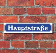 Schild im Straßenschild Design Hauptstraße 52...