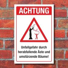 Schild Achtung Unfallgefahr Herabfallende Äste...