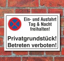 Schild Parkverbot, Ein- und Ausfahrt freihalten,...